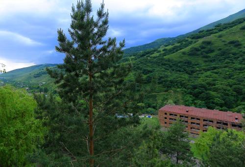 Курортный отель Карин Агверан