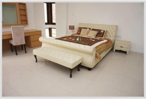 HotelCinta Condominium