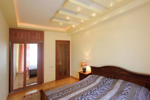 Hayk Apartments on Vernisage