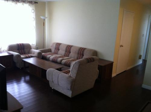 Uptown Waterloo Furnished Rooms