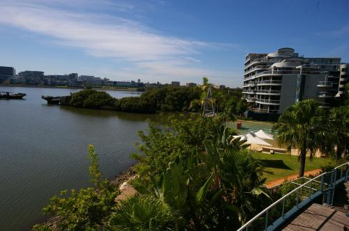 Property Image10 Homebush Bay Fully Self Contained Modern 2 Bed Apartment 125BEN