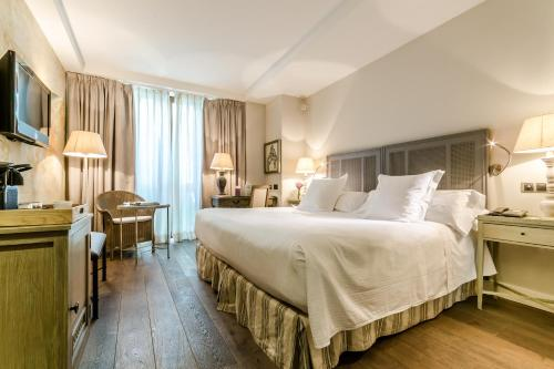 Double Room Grand Hotel Don Gregorio 3
