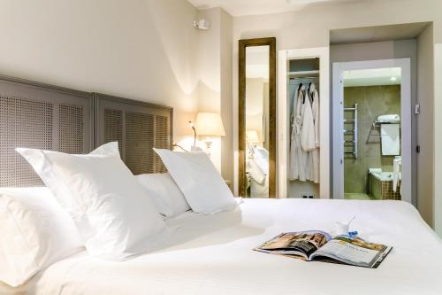 Double Room Grand Hotel Don Gregorio 4