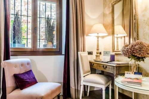Double Room Grand Hotel Don Gregorio 7