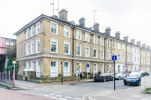 Fg Property - Battersea, 295B Queenstown Road