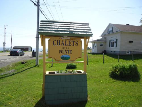 More about Chalets de la pointe