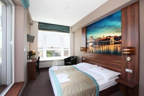 Stay at Medosz Hotel