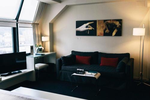 Suite Junior (1-2 adultos) Hotel Miró 5
