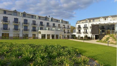 Residence thalasso concarneau h tel 36 rue des sables for Piscine concarneau horaires