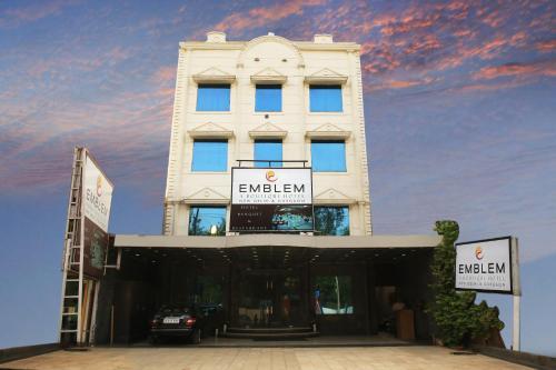 Picture of Emblem Hotel, Gurgaon