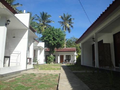Отель Krisna Homestay 2 1 звезда Индонезия