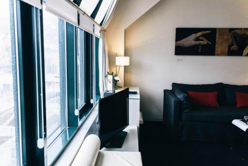 Suite Junior (1-2 adultos) Hotel Miró 8
