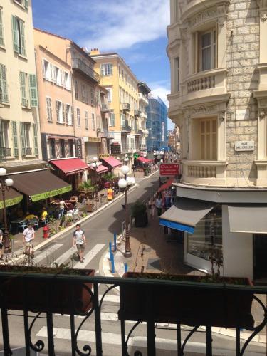Отель Apartment 7 Meyerbeer 0 звёзд Франция
