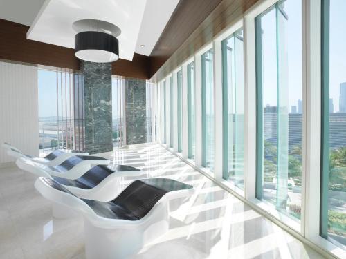 Four Seasons Hotel Abu Dhabi at Al Maryah Island photo 17