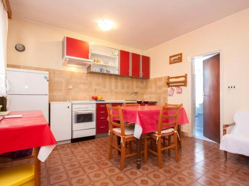 Apartments Nikica 1268