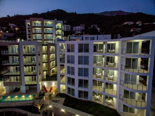 Отель Nautilus Apartments 4 звезды Черногория