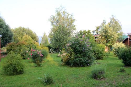 Una Green Garden Residence