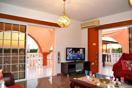 Отель Villa Pamela Coral Bay 0 звёзд Кипр