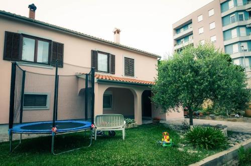 Отель Apartman Nola 3 звезды Хорватия