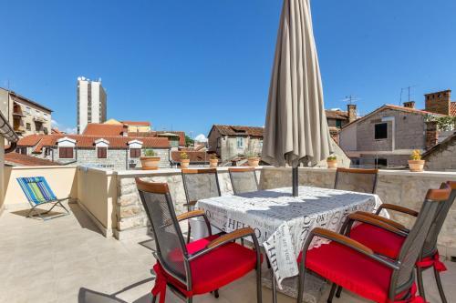 Отель Apartment Sv. Petar Stari 4 звезды Хорватия