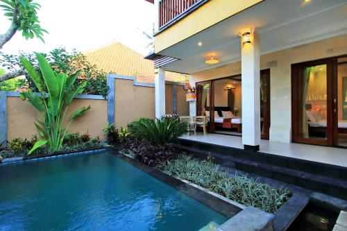Kamar Double atau Twin dengan Akses Kolam Renang (Double or Twin Room with Swimming Pool Access)