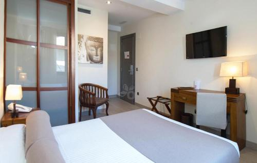 Double Room with 1 bed - single occupancy Le Petit Boutique Hotel 7