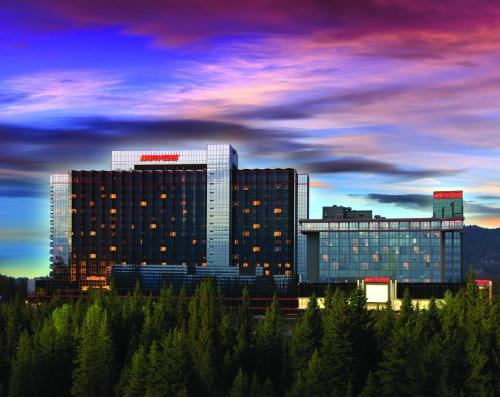 Harveys Lake Tahoe Hotel South