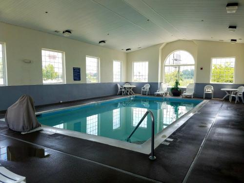 Microtel Inn Suites London