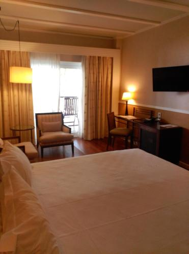 King Double Room Hotel Nuevo Portil Golf 10