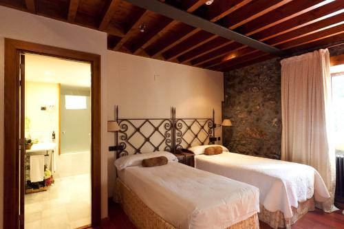 Double Room - single occupancy Hotel Antsotegi 5