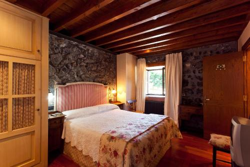 Double Room - single occupancy Hotel Antsotegi 3