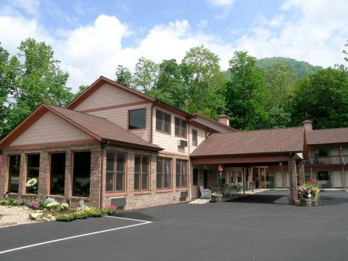 Jonathan Creek Inn and Villas