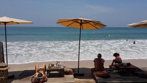 JJ Beach Resort & JJ Seafood