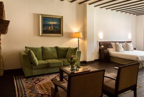 Suite Palacio del Infante Don Juan Manuel Hotel Spa 5