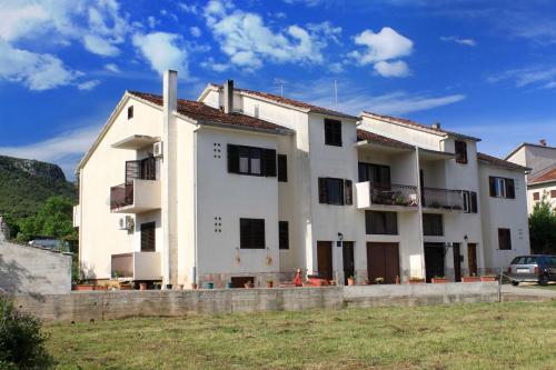 Apartment Jelsa 4002b