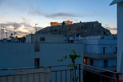 Studio Acropolis