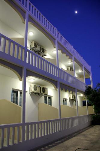 Hotel Ikaros