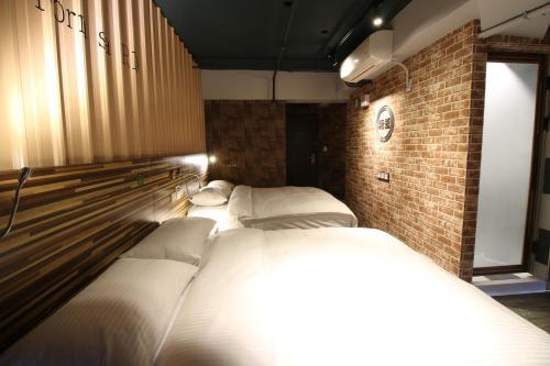 HotelR10 Eco Hotel