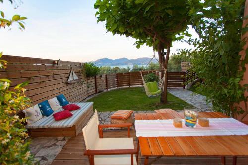 Apartment in Villa Rosebud
