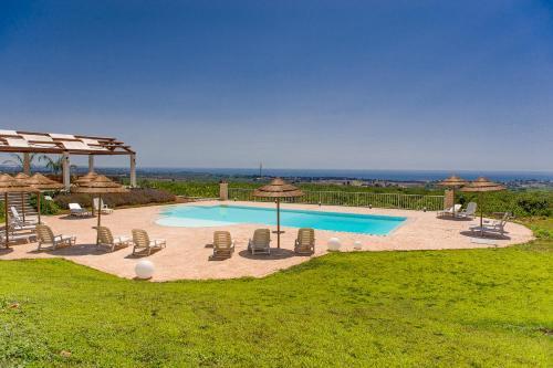 Agriturismo alle riserve cavagrande prenota online bed - Agriturismo avola con piscina ...