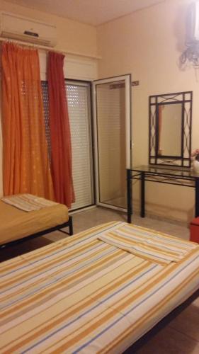 Aliveri Rooms