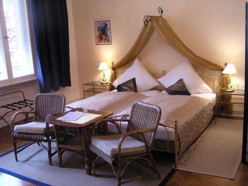 Hotel Pension Senta photo 13