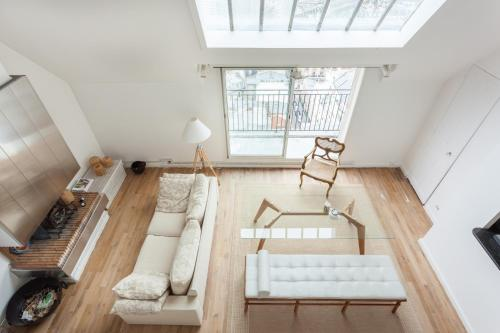 One-Bedroom Apartment - Rue Lamarck II