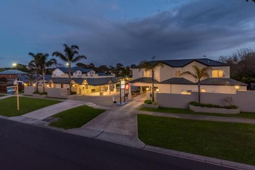 Seahorse Motel & Apartments