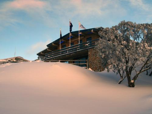 Ski Club of Victoria - Ivor Whittaker Lodge