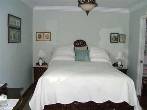Hummingbird Bed And Breakfast Clearwater