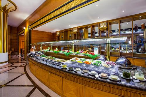 Millennium Corniche Hotel Abu Dhabi photo 26
