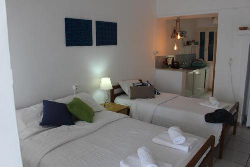 Apartament amb balcó per a 3 adults (Apartment with Balcony (3 adults))