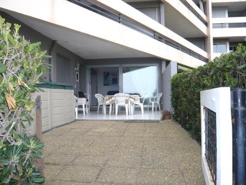 Apartment le beaupr 7 location saisonni re 66140 canet for Location garage canet en roussillon