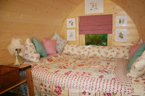 Hollington Park Glamping hotel in Newbury